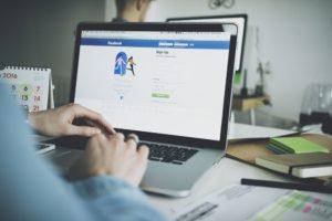 divulgar empresa no facebook